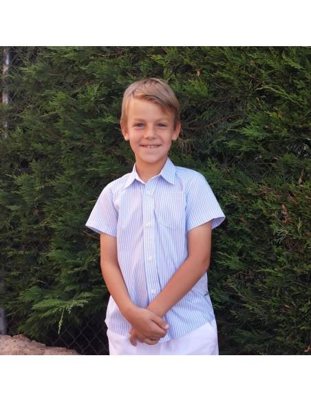 Kid shirt with mao collar.