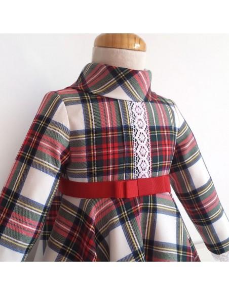 Vestido niña de capa.