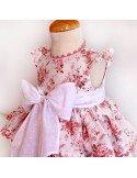 Vestido de rosas.