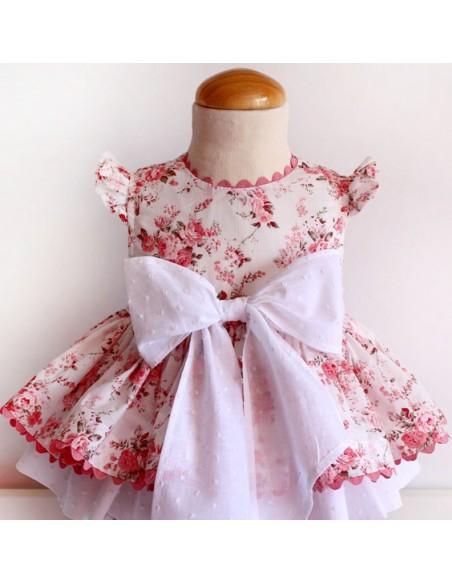 Dress of roses.