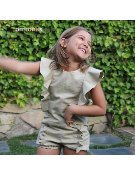 Girl shorts.