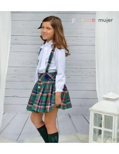Conjunto de falda con tirantes.