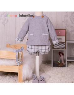 Sweatshirt and bloomers outfit