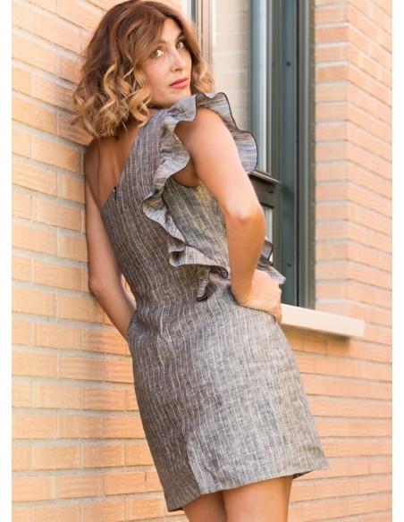 Vestido escote asimétrico