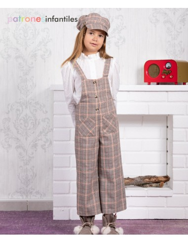Dungarees and blouse outfit